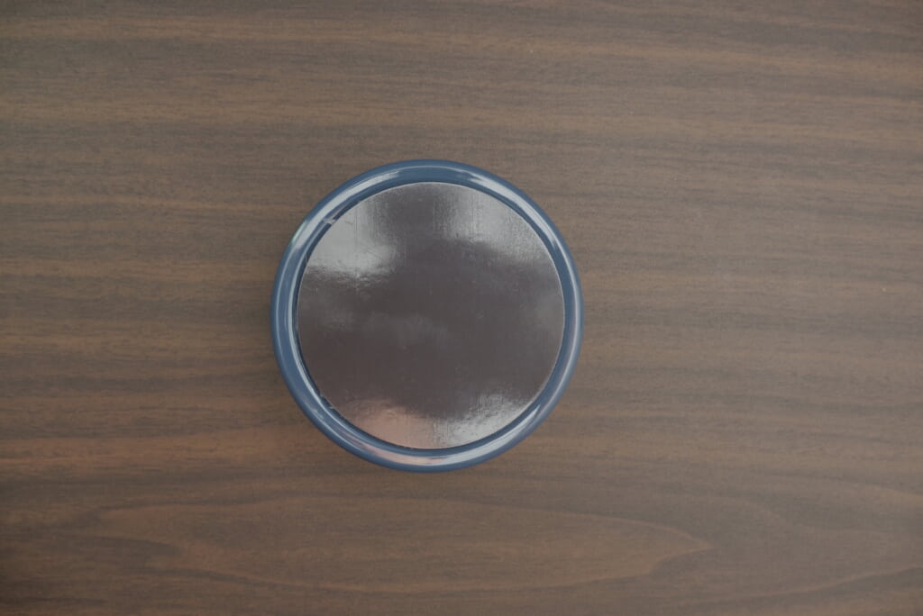 くっつく缶ケースはダイソーで買える収納グッズ